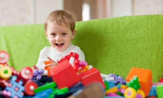 Çocuğunuza Gereğinden Fazla Oyuncak Almayın