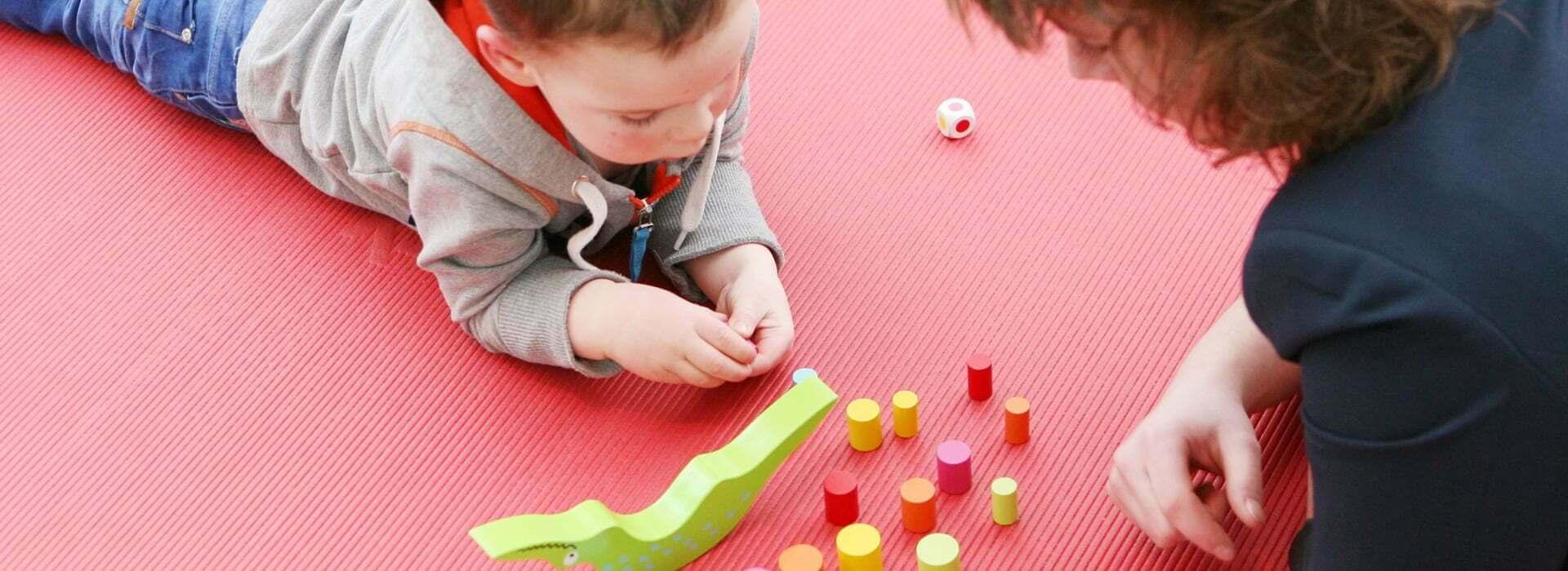 oyun terapisi saygin psikoloji